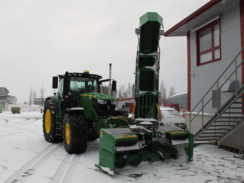 Traktorin lumilinko ATP 276 3G